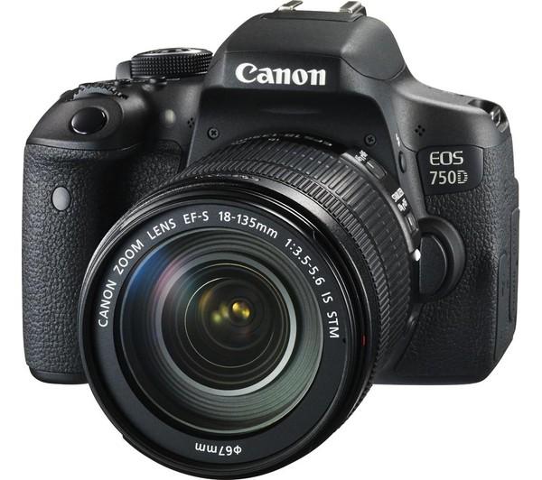 Fotocamera Digitale Reflex Canon EOS 750D Kit + 18-135mm IS STM