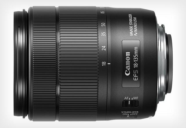 Obiettivo Canon EF-S 18-135mm f/3.5-5.6 IS Nano USM