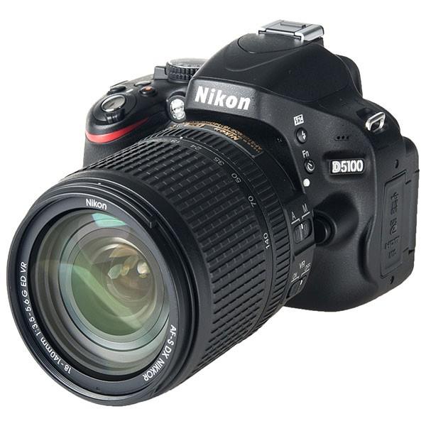 Nikon D5100 Kit + 18-140mm Nikon VR