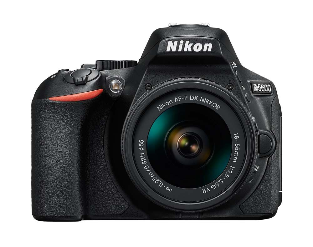 Fotocamera digitale Reflex Nikon D5600 AF-P 18-55 VR Black