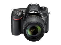 Fotocamera Digitale Reflex Nikon D7200 Kit + 18-105mm Nikon VR