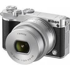 Nikon 1 J5 Kit 10-30mm Silver