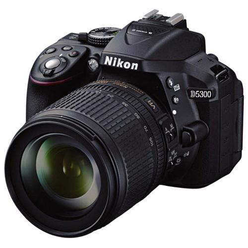 Fotocamera Digitale Reflex Nikon D5300 Kit + 18-105mm Nikon VR