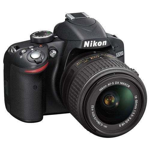 Fotocamera Digitale Reflex Nikon D3200 Kit + AF-S 18-55mm Nikon VR II