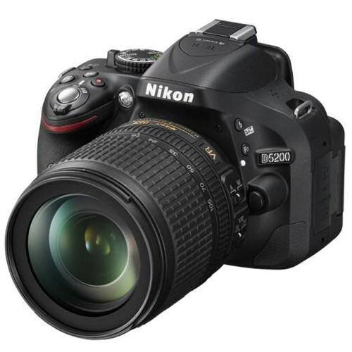 D5200 Kit + 18-105mm Nikon VR