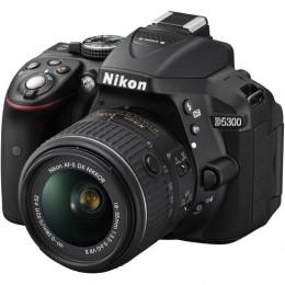 Fotocamera Digitale Reflex Nikon D5300 Kit + AF-S 18-55mm Nikon VR II