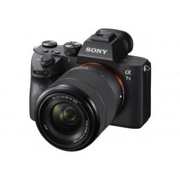 Fotocamera Mirrorless Sony Alpha A7 III + 28-70mm ITA