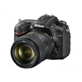 Nikon D7200 + Nikkor 18-300mm ED VR