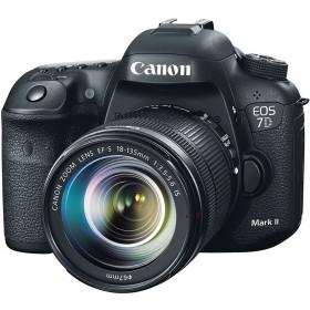 Fotocamera Digitale Reflex Canon EOS 7D Mark II Kit + 18-135mm Nano