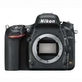 Fotocamera Digitale Reflex Nikon D750 Body (Solo Corpo Macchina) Black