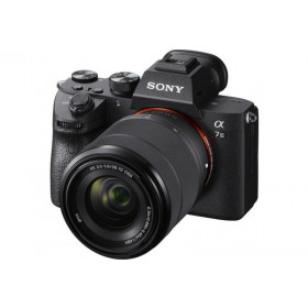 Fotocamera Mirrorless Sony Alpha A7 III + 28-70mm (Menù Inglese)