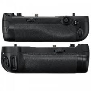 Nikon MB-D17 Impugnatura Battery Grip