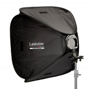 Softbox 38 x 38 cm con staffa / attacco per flash a slitta